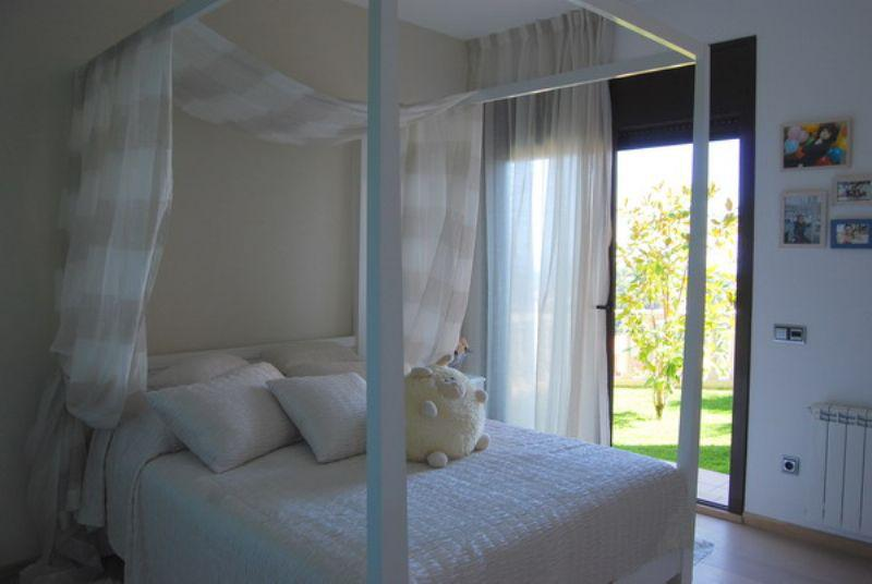 Otlichnaya villa nedaleko ot morya v gorode-kurorte Lloret de Mar - N0970 - vikmar-realty.ru