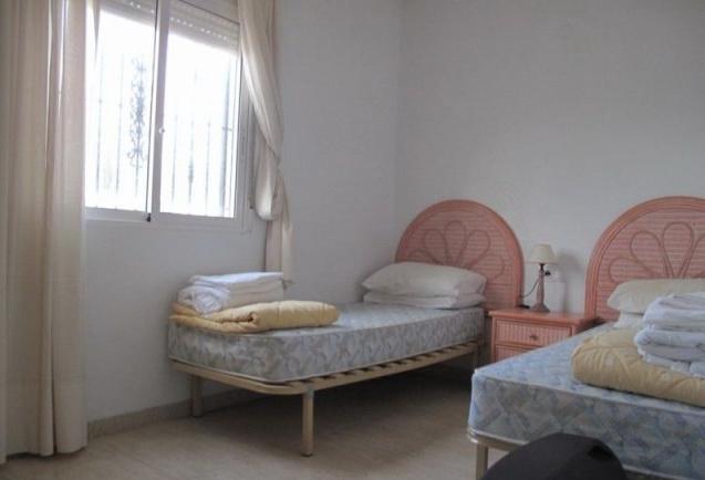 Dom v Oriuela Kosta s zemelnym uchastkom - N1100 - vikmar-realty.ru