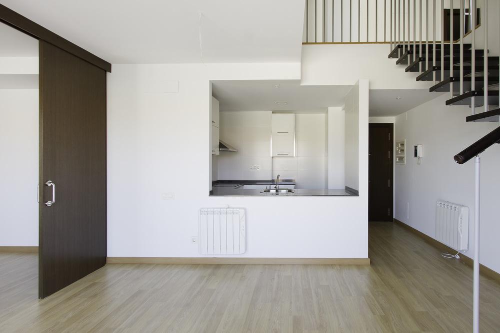 Novyye stilnyye kvartiry v Sabadel v prigorode Barselony - N2130 - vikmar-realty.ru