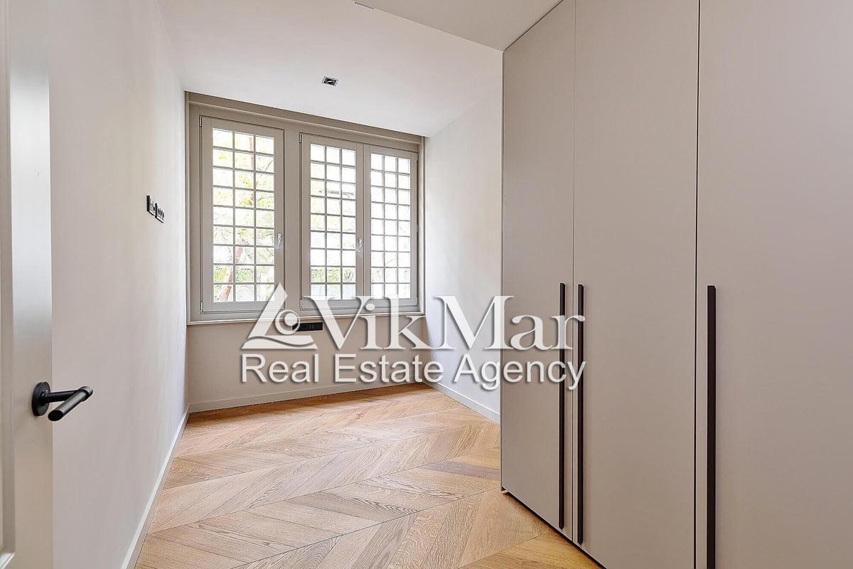 Novyye elitnyye kvartiry v Barselone v rayone El Born na prospekte Via Layetana - N2260 - vikmar-realty.ru