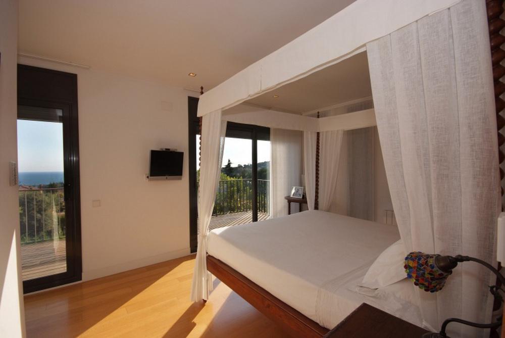 Villa v prigorode Barselony po arkhitekturnomu proyektu - N3100 - vikmar-realty.ru