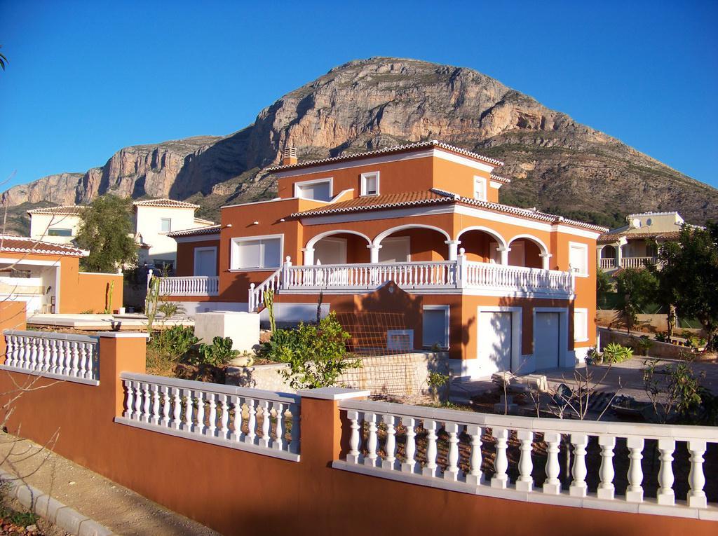 Недорогая недвижимость в Испании у моря город