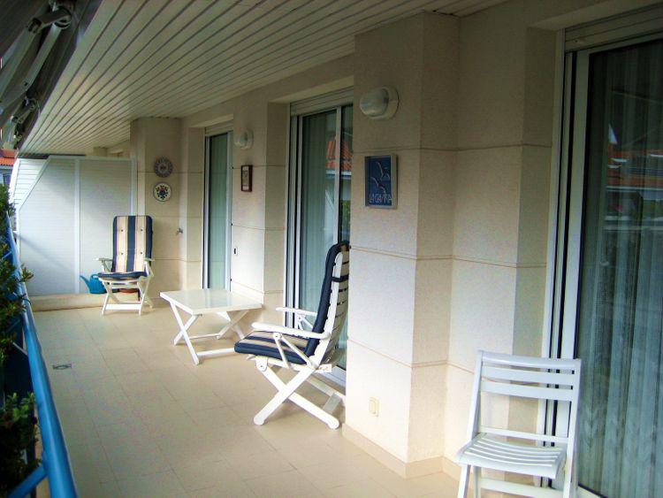 Apartamenty v eksklyuzivnom komplekse kurortnogo goroda okolo morya - N3190 - vikmar-realty.ru