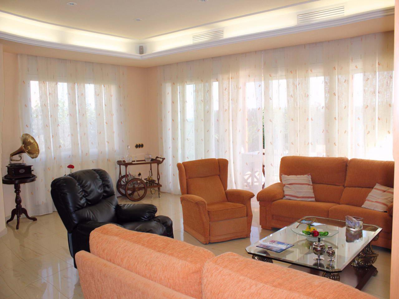 Villa v prigorode Barselony v gorode Pineda-de-Mar (Pineda de Mar) - N3290 - vikmar-realty.ru