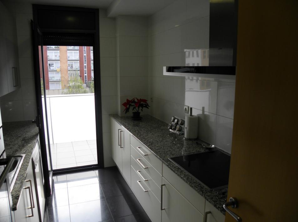 Kvartira v tsentralnom rayone Barselony - N3600 - vikmar-realty.ru