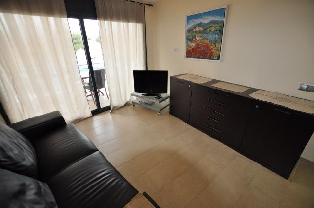 Novyye apartamenty v Rosese na poberezhye Kosta Brava - N1391 - vikmar-realty.ru