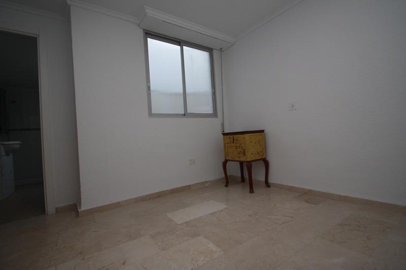 Nedvizhimost Ispanii, prodazha nedvizhimosti kvartira, Kosta-Blanka, Kalpe - N2241 - vikmar-realty.ru