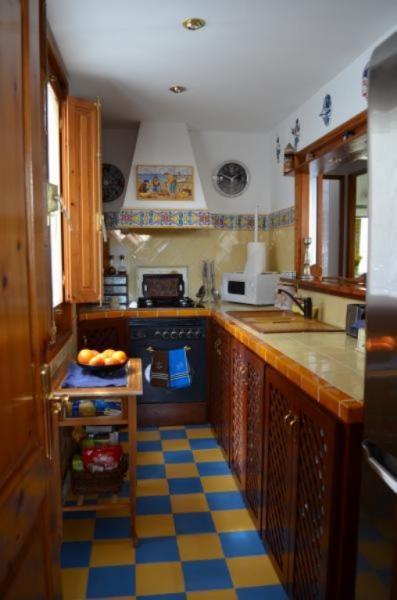 Zamechatelnaya kvartira v tsentralnoy chasti Barselony - N2251 - vikmar-realty.ru