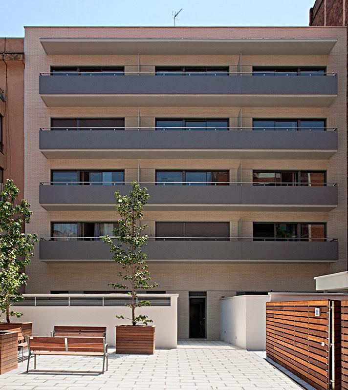 Novyye kvartiry v Barselone okolo plyazha Bogatel - N2731 - vikmar-realty.ru