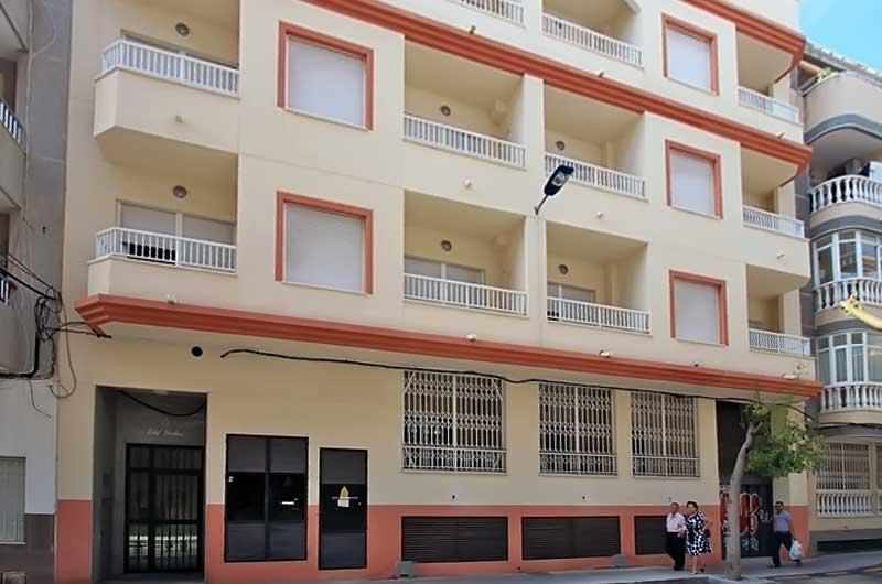 Nedorogiye kvartiry v Torrevyekha na Kosta Blanka ot banka Ispanii - N2821 - vikmar-realty.ru