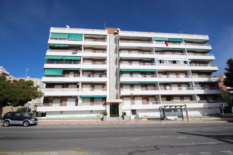 Kvartira vozle plyazha v Oriuela Kosta v rayone Punta Prima - N2851 - vikmar-realty.ru