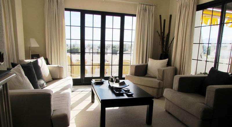 Apartamenty v prigorode Puerto Banusa v feshenebelnoy urbanizatsii Aldea Blanca - N2941 - vikmar-realty.ru
