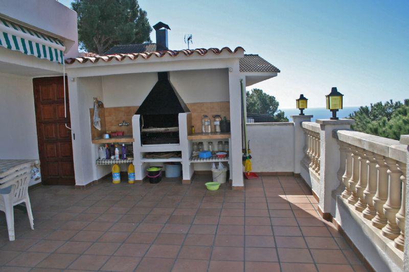 Villa v Lloret-de-Mar okolo plyazha Kala Kanyeles - N3141 - vikmar-realty.ru