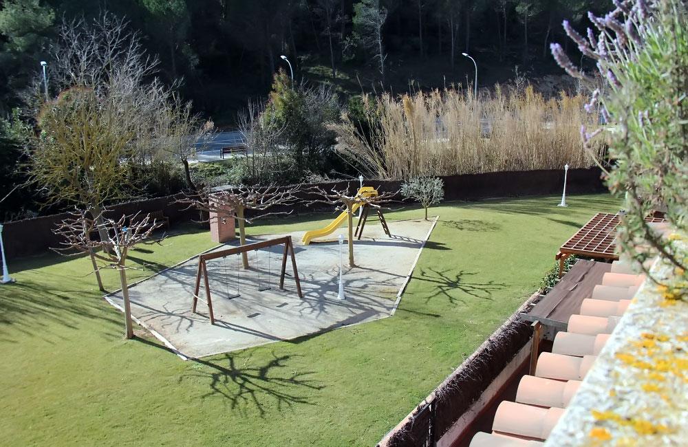 Villa s vinnym pogrebom v prigorode Barselony - N3251 - vikmar-realty.ru