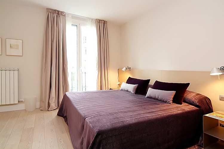 Apartamenty s turisticheskoy litsenziyey v tsentre Barselony - N3421 - vikmar-realty.ru