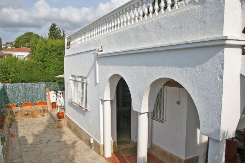 Dom v klassicheskom stile s vidom na more v Lloret de Mar - N1612 - vikmar-realty.ru