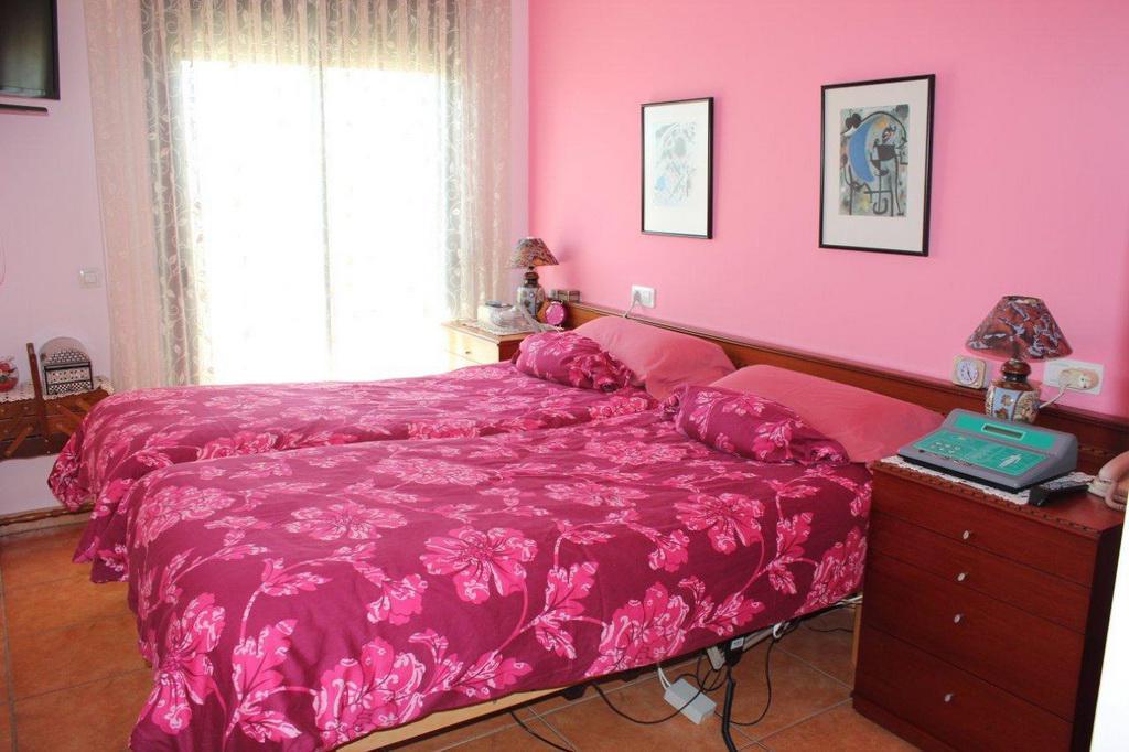 Uyutnaya kvartira u samogo morya v Pineda-de-Mar - N2142 - vikmar-realty.ru