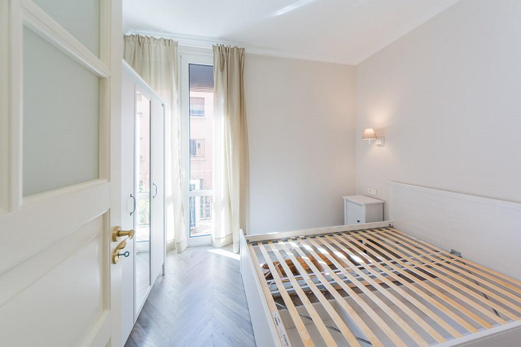 Prostornaya kvartira v istoricheskom dome v tsentre Barselony - N2252 - vikmar-realty.ru