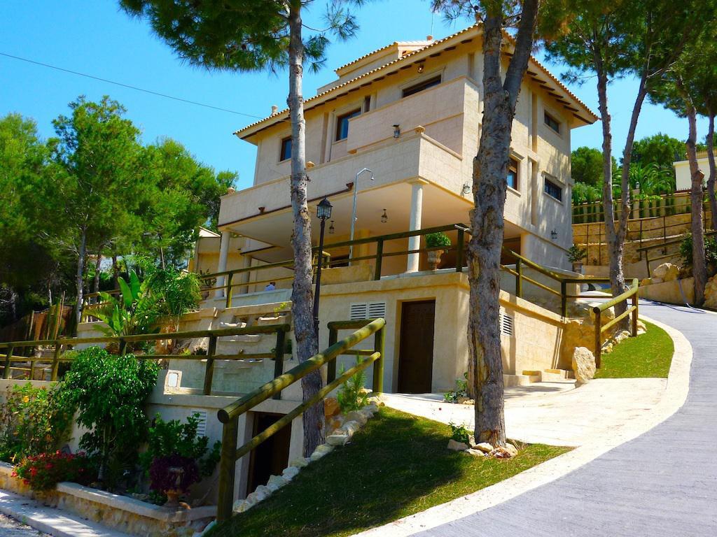 Тинькофф недвижимость в испании