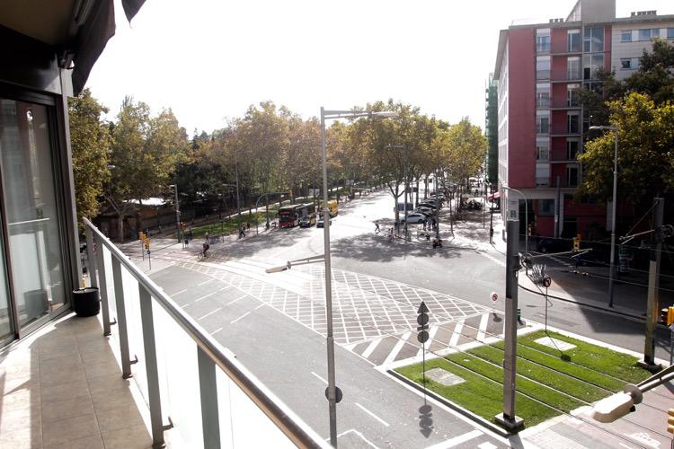 Otlichnaya kvartira v Barselone okolo parka Ciutadella - N3202 - vikmar-realty.ru