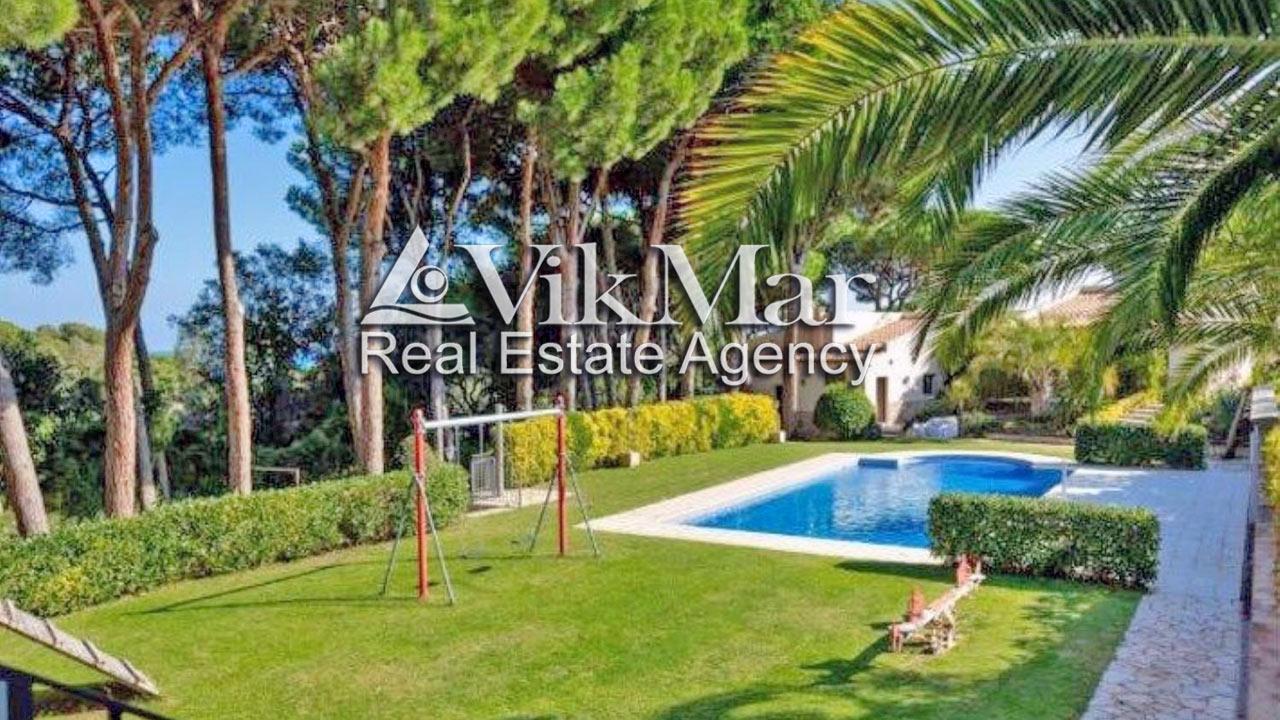Eksklyuzivnaya villa na beregu morya v urbanizatsii Sant Francesc v Blanese (Blanes) - N3502 - vikmar-realty.ru