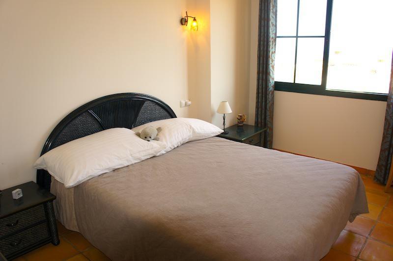 Komfortabelny smezhny dom v Ispanii v Benidorme - N3552 - vikmar-realty.ru