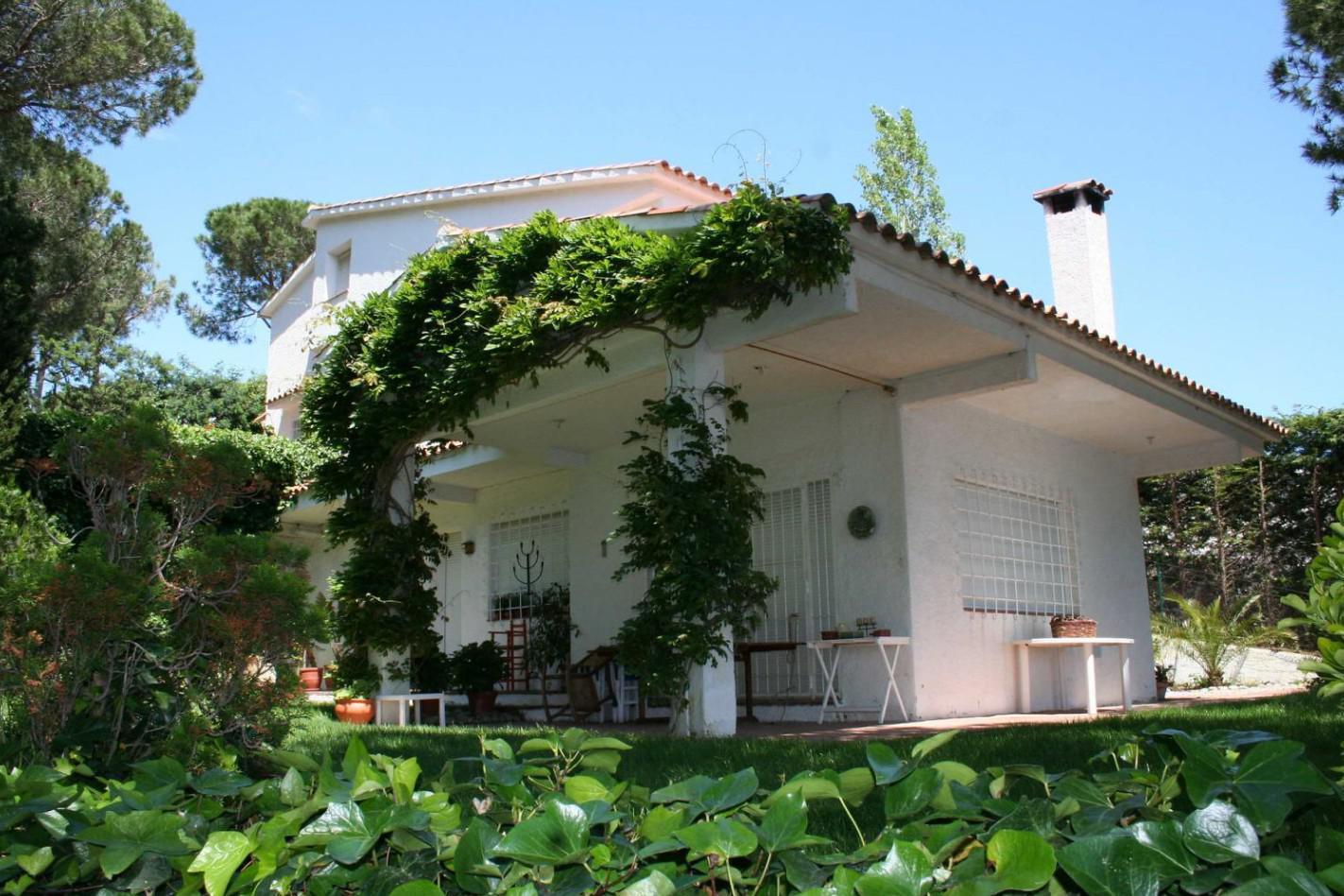 Villa v Lloret de Mar v prestizhnom starinnom rayone Montgoda - N3592 - vikmar-realty.ru