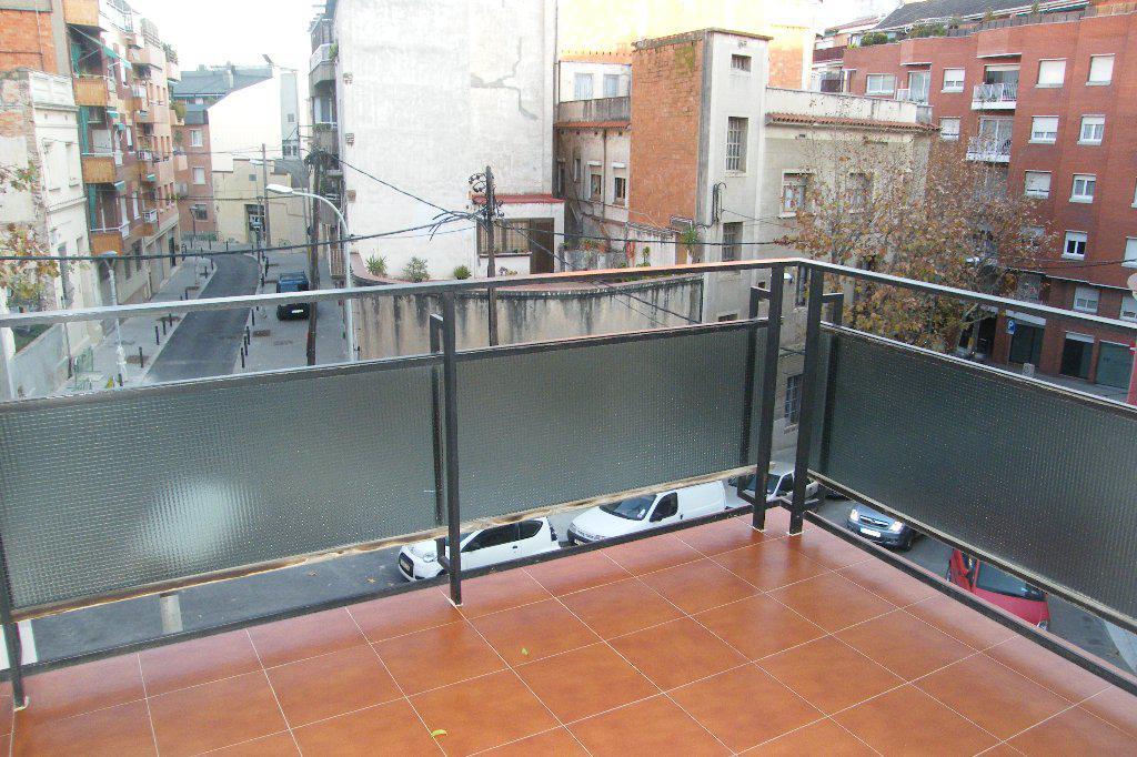 Kvartira v Barselone na ploshchadi Salvador Riera - N1453 - vikmar-realty.ru