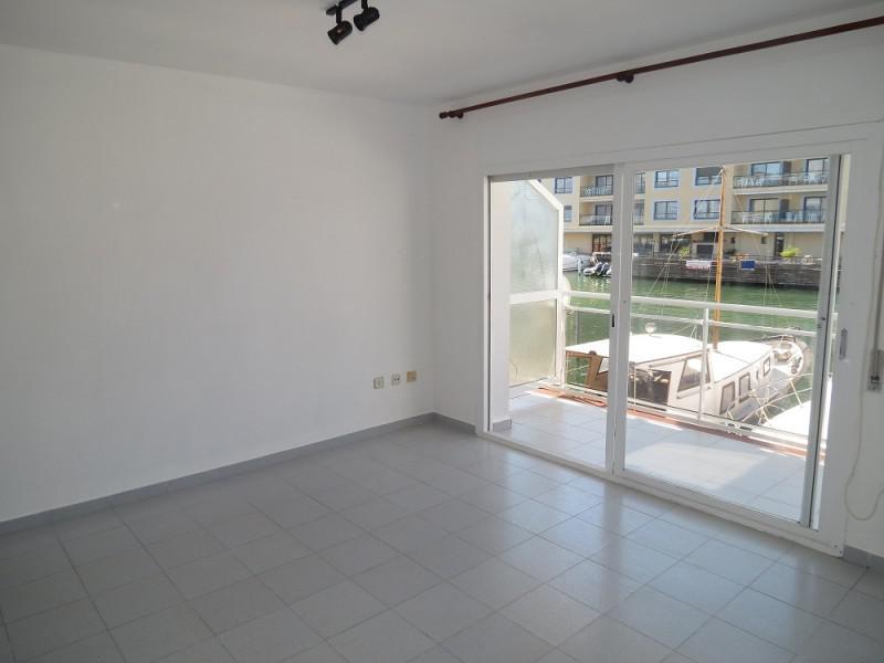 Novyye apartamenty v Empuriabrava s vidom na kanal s yakhtami - N1733 - vikmar-realty.ru