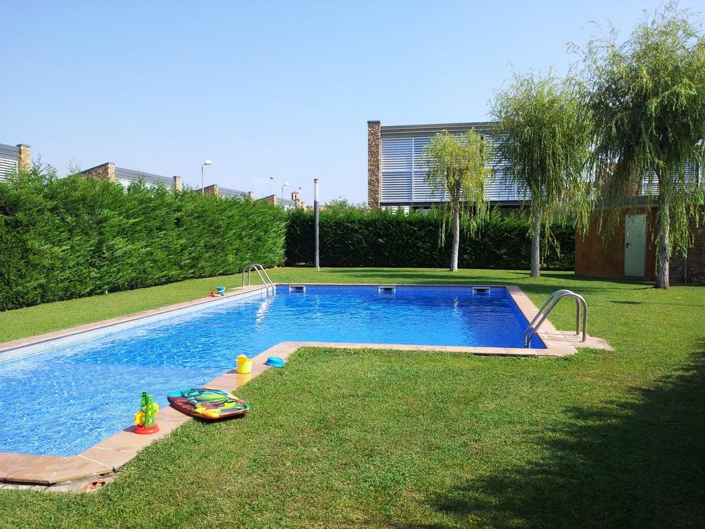 Найти недвижимость в испании по фамилии