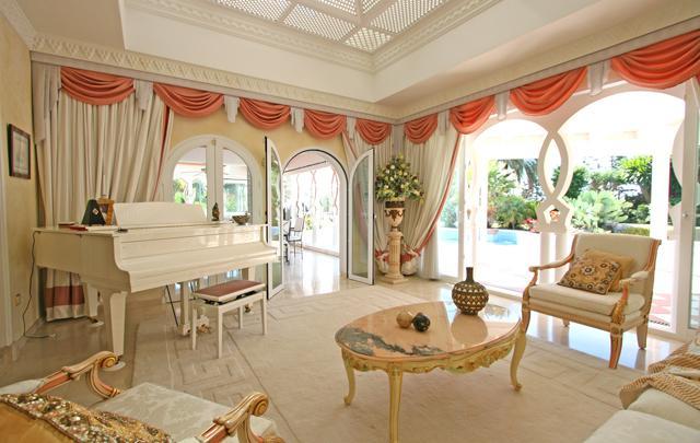 Elitnaya villa v mavritanskom stile v prigorode Estepony - N1983 - vikmar-realty.ru