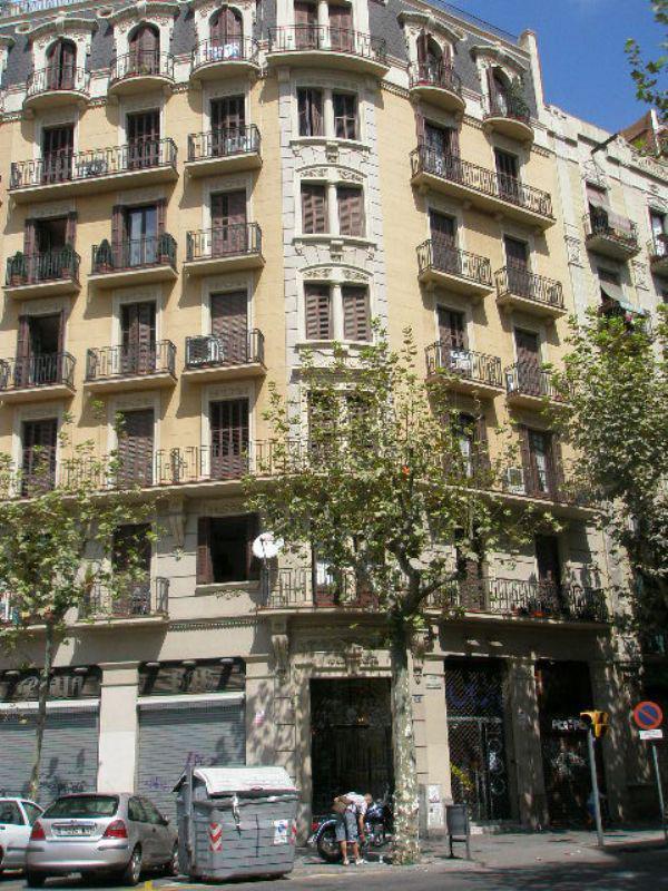Kvartira v Barselone, v istoricheskom zdanii - N2263 - vikmar-realty.ru