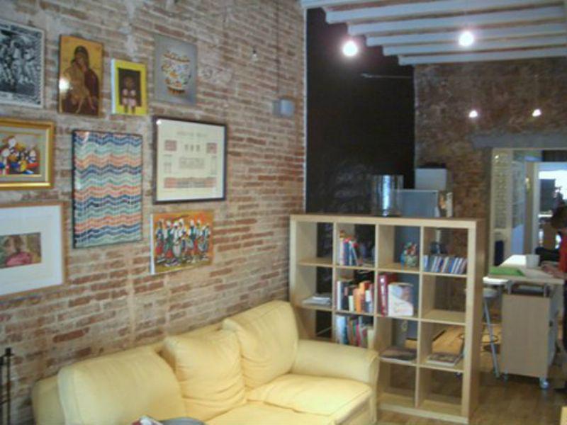 Kvartira-studiya v Barselone s mebelyu - N2323 - vikmar-realty.ru