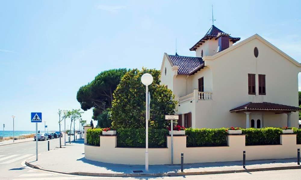 Villa na pervoy linii morya v Ispanii v Barselone - N3073 - vikmar-realty.ru