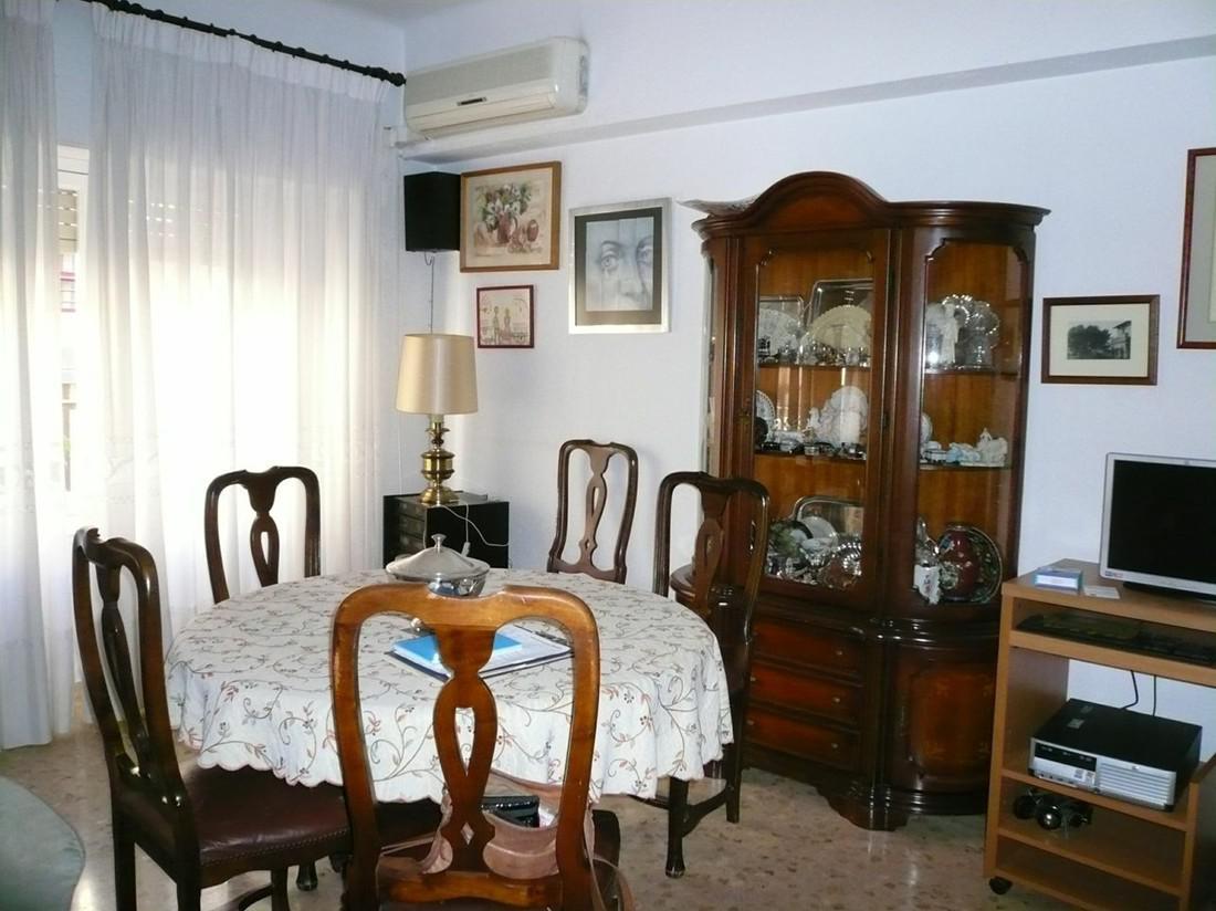 Bolshaya kvartira v tsentre Alikante - N3373 - vikmar-realty.ru