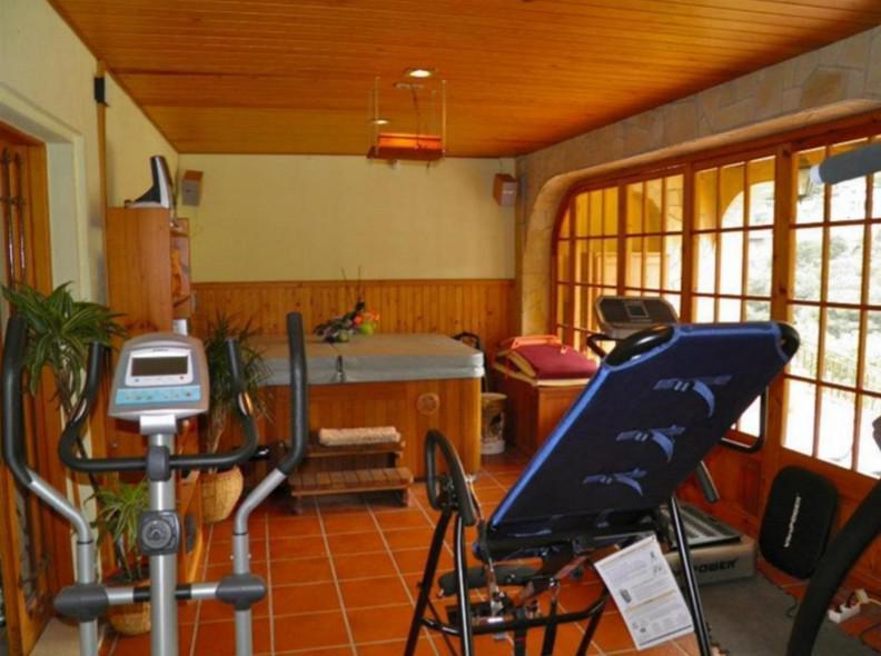 3-etazhny dom s vinnym pogrebom v prigorode Barselony - N3403 - vikmar-realty.ru