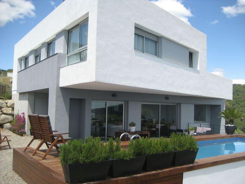 Ultrasovremenny dom v prigorode Barselony na poberezhye - N3523 - vikmar-realty.ru