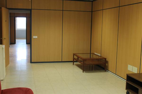 Ofisnoye pomeshcheniye v Empuriabrava, na poberezhye Kosta Brava - N1544 - vikmar-realty.ru
