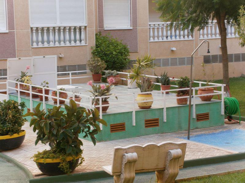 Kvartira na Kosta Blanke v zakrytom komplekse s basseynom okolo yakht-kluba - N2584 - vikmar-realty.ru