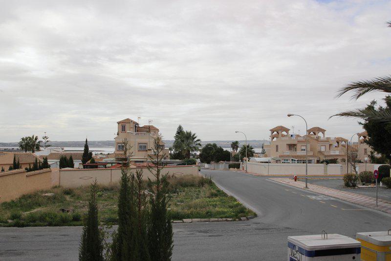 Zhilye v Torrevyekhe v rayone San Luis na poberezhye u morya - N2824 - vikmar-realty.ru