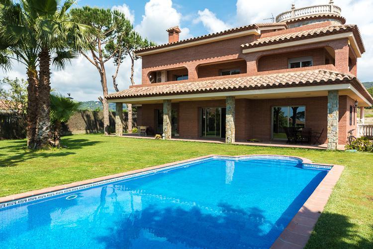 Elitnaya villa v Mataro v prigorode Barselony - N3634 - vikmar-realty.ru