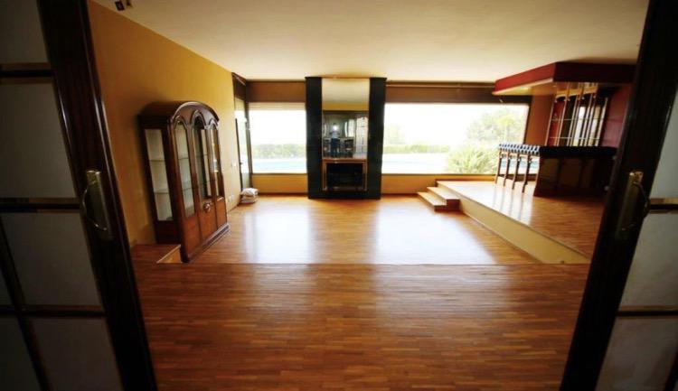 3-etazhnaya villa v Kabrilse na Kosta Meresme u morya - N3644 - vikmar-realty.ru