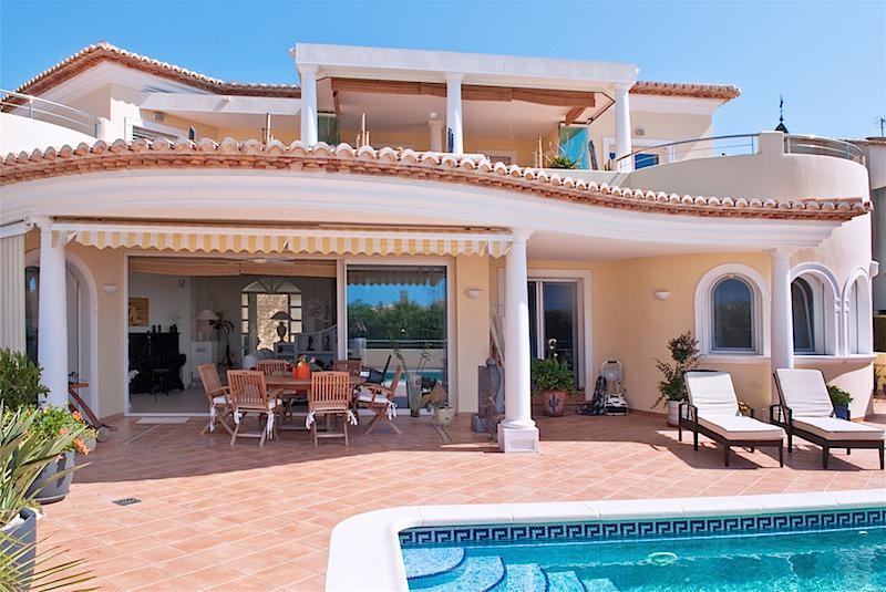 Испания недвижимость на море снять
