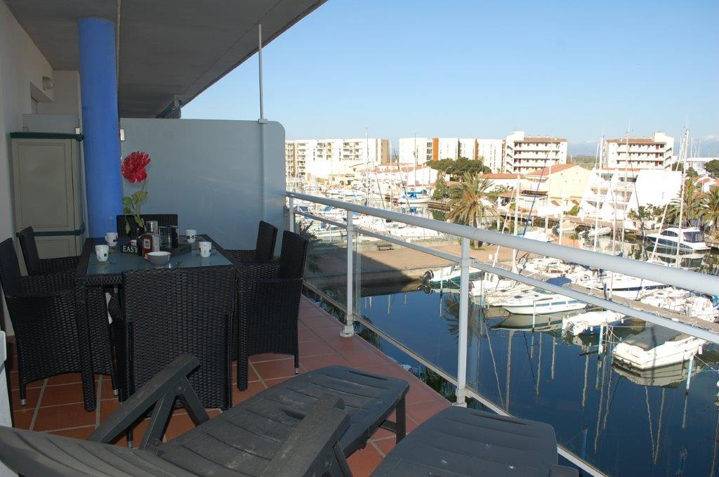 Kvartira v Rosese v komplekse s prichalom na kanale Santa Margarita - N1385 - vikmar-realty.ru