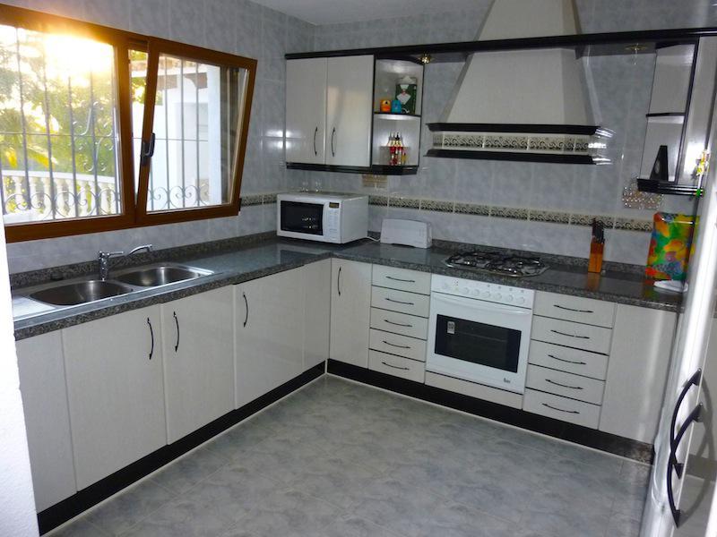 Villa s otlichnym sadom v Alteye - N1855 - vikmar-realty.ru