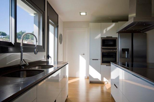 Sovremenny dom v San Visens de Montalt (prigorod Barselony) - N3125 - vikmar-realty.ru
