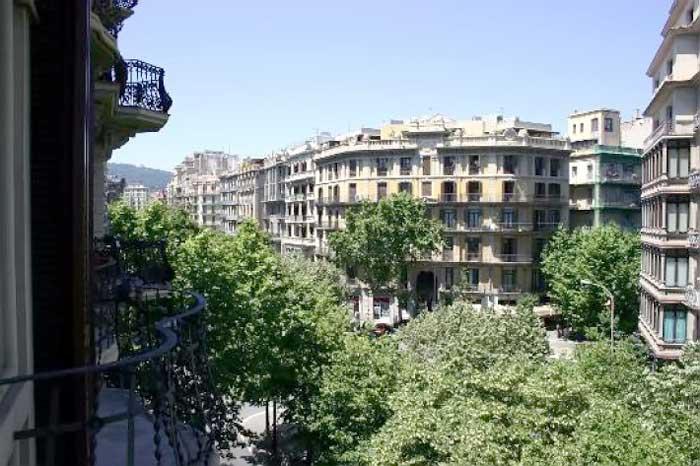 Turisticheskiye Apartamenty v tsentre Barselony 10 kvartir - N3205 - vikmar-realty.ru