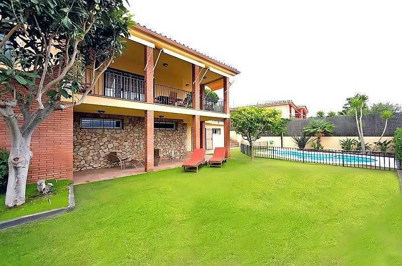 Komfortabelny dom na Kosta-del-Maresme v Kabrils v Ispanii - N3525 - vikmar-realty.ru