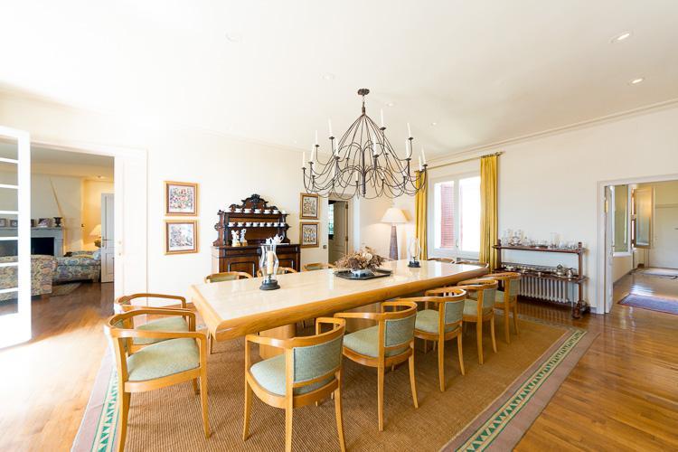Shikarnaya villa v prigorode Barselony v Premiya de Dalt - N3635 - vikmar-realty.ru