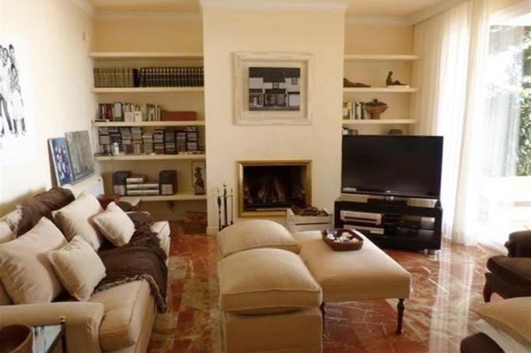 Bolshoy dom na Kosta del Maresme v prigorode Barselony na beregu - N3645 - vikmar-realty.ru